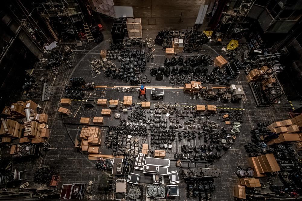 Полицейские обнаружили арсенал из 10 000 стволов, которые предназначались террористам