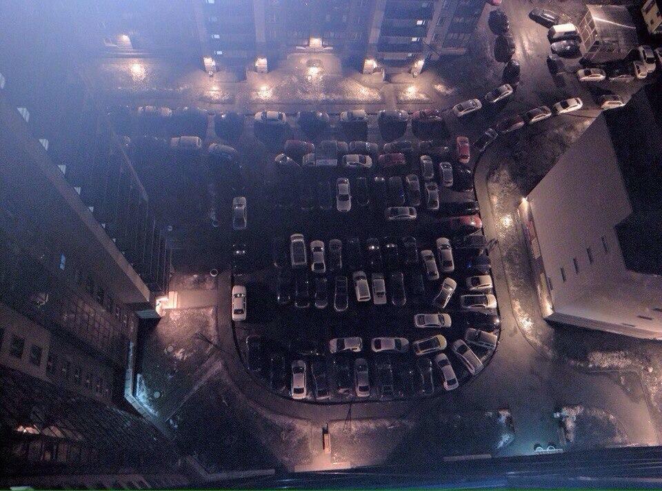 Всем, кто жалуется на парковку в своем дворе