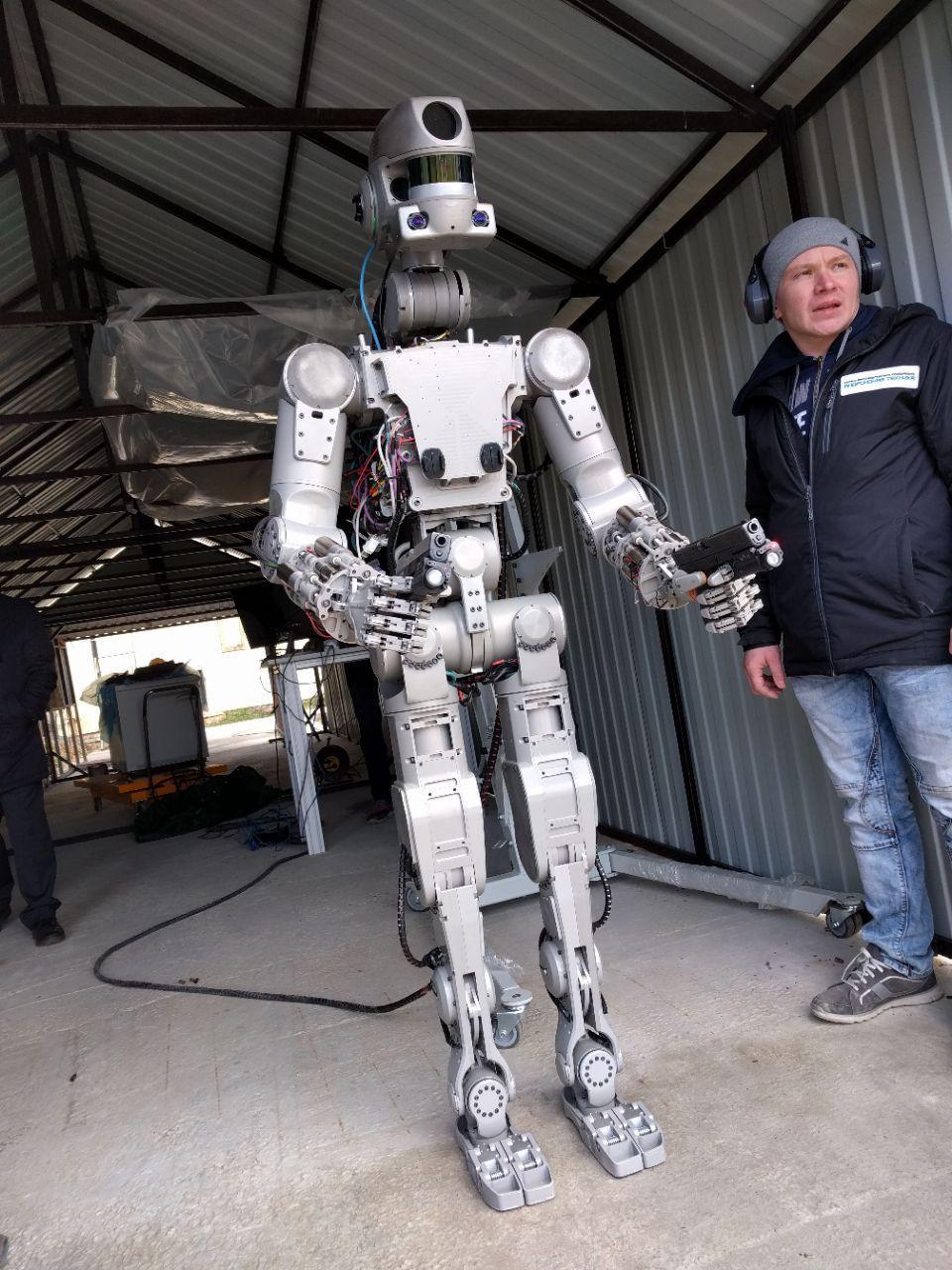 Робот Федор провел первые полевые испытания
