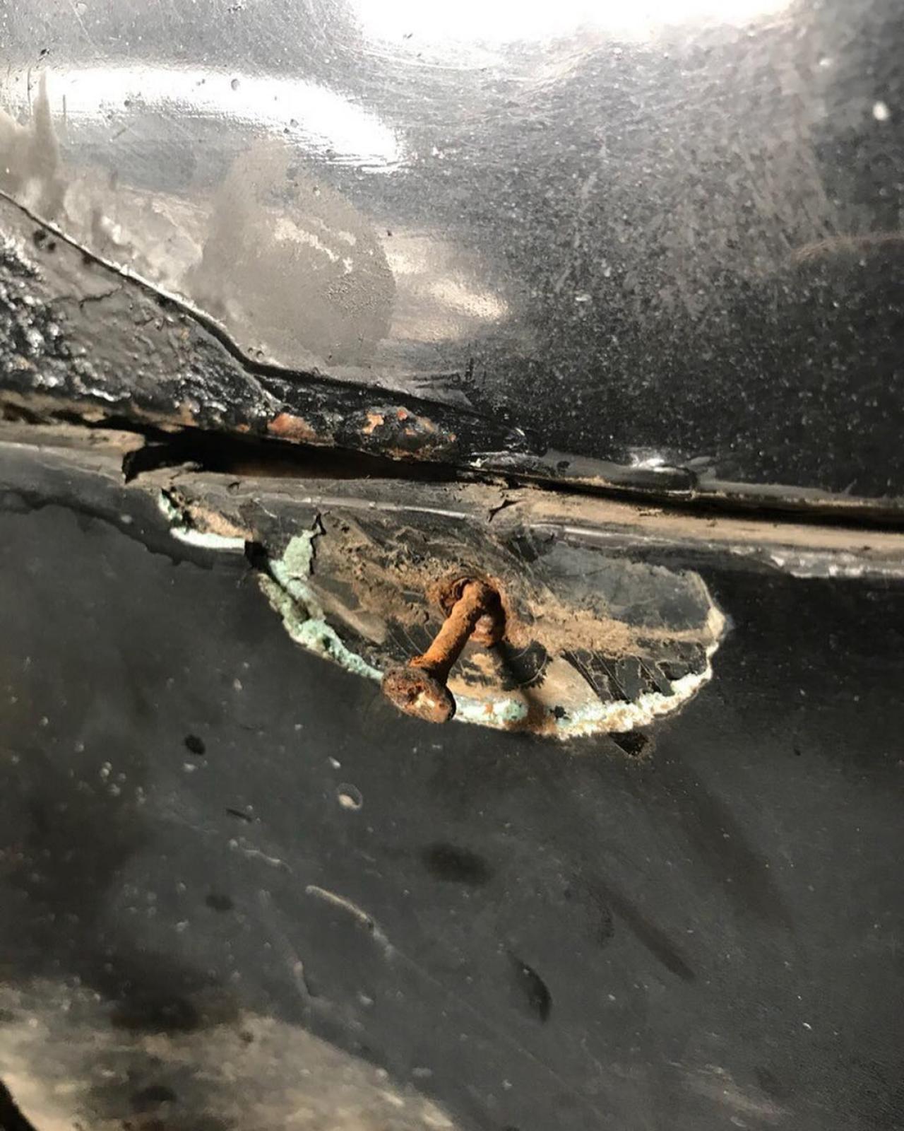 Почему на Audi не снимается бампер