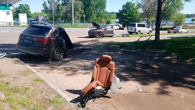 На юге Москвы порвалась Audi Q7
