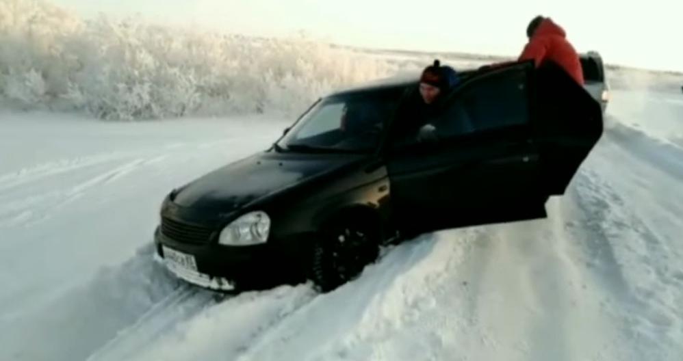 Опыт - сын ошибок трудных. Как вытащить машину из снега и остаться в живых