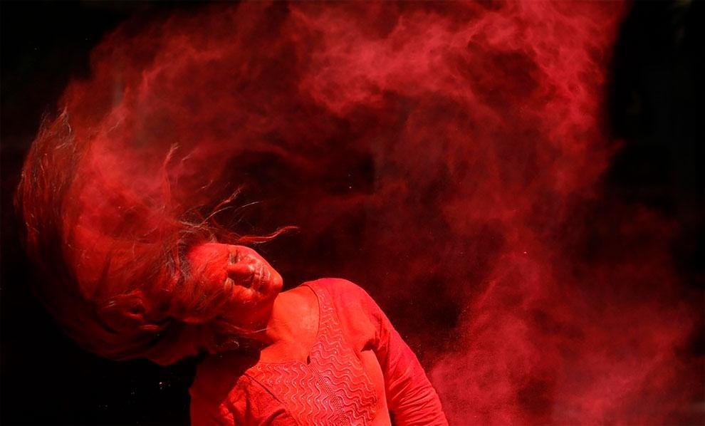 В Индии провели фестиваль Холи, встретив пришествие весны