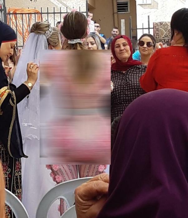Подружка невесты на турецкой свадьбе