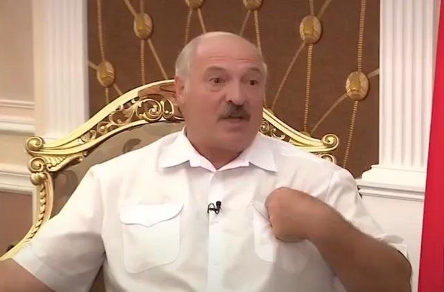 Саня останется с нами: в соцсетях родился хит про Александра Лукашенко