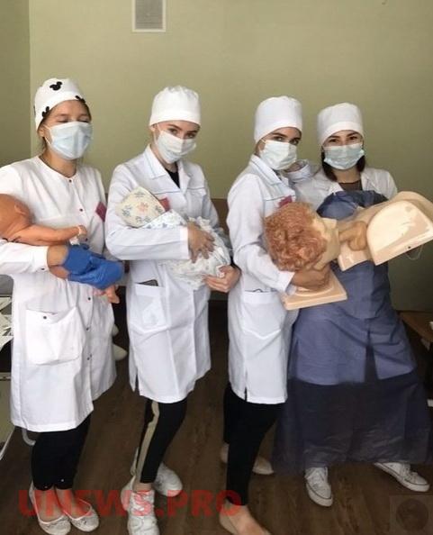 Веселая жизнь студентов-медиков