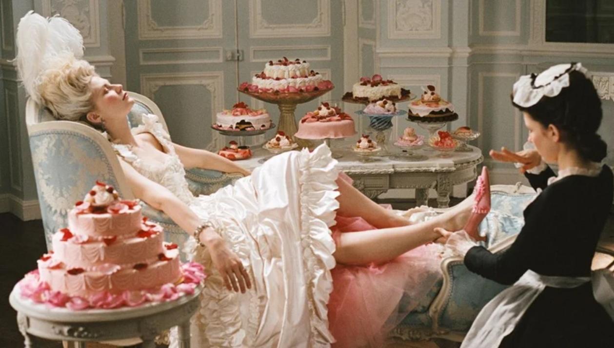 Пусть едят пирожные!