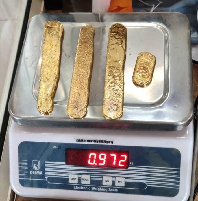 Почти килограмм золота из задницы!