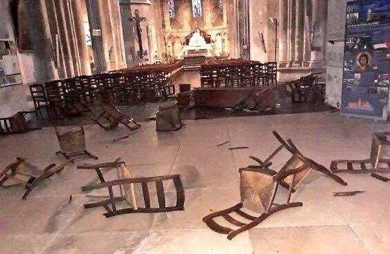 Теракт в Ницце. Преступник напал на прихожан и отрезал одному голову