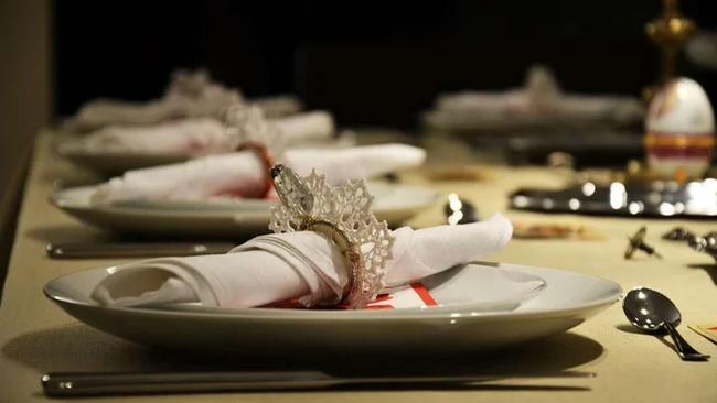 BLM усиливается расовыми ужинами