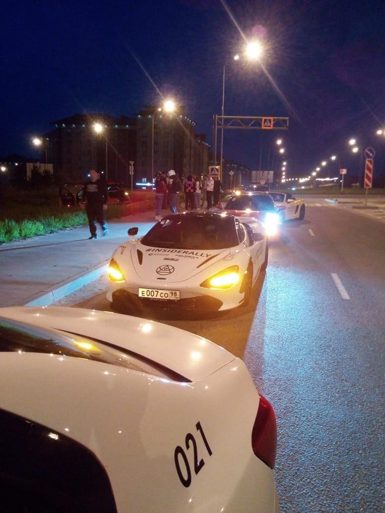 В Тверской области гонки спорткаров завершились аварией