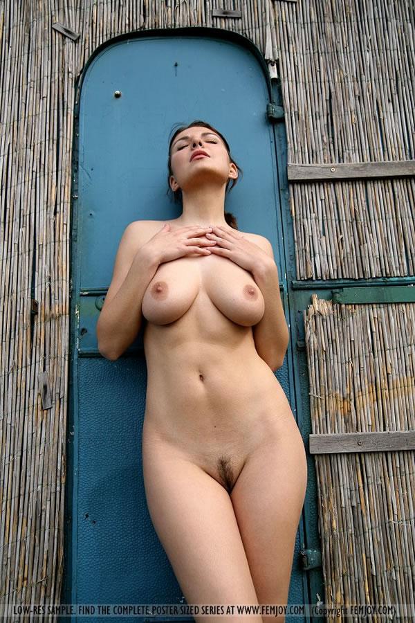 Секс после скачки с грудастой блондинкой 30 фотография
