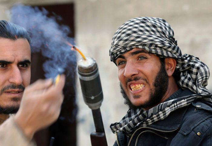 США начали поставлять оружие сирийским повстанцам Новости из Германии о событиях в мире DW.DE 11.09.2013