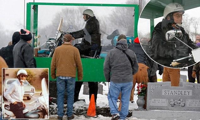 В Америке похоронили байкера верхом на мотоцикле