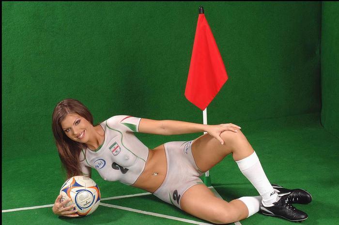 eroticheskiy-futbol-filmi-onlayn
