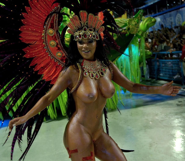 Фото бразильских голых танцовщиц 11 фотография