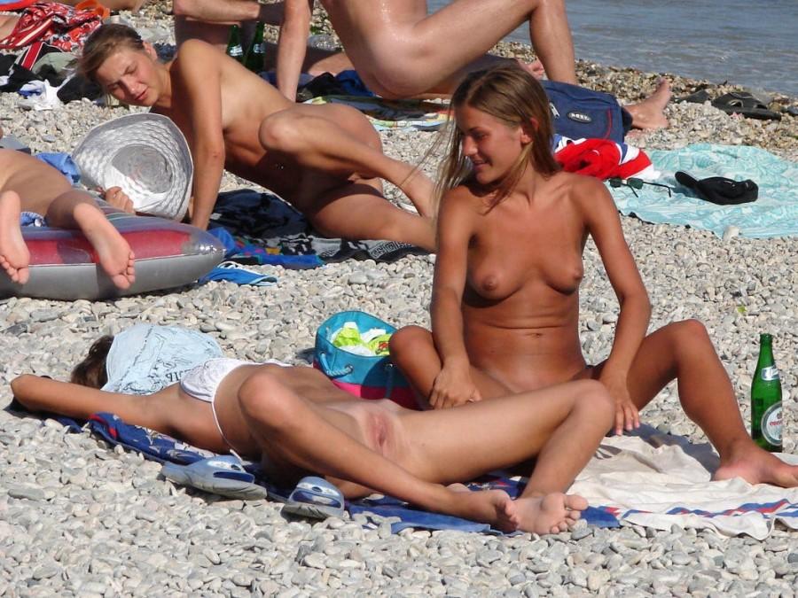 фото пляжного натуризма