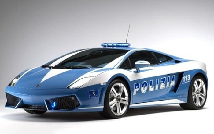 http://urod.ru/uploads/042010/crashed_police_lambo_02.jpg