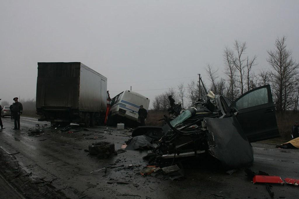 Трагическое ДТП под Курском (7 фото+видео) .