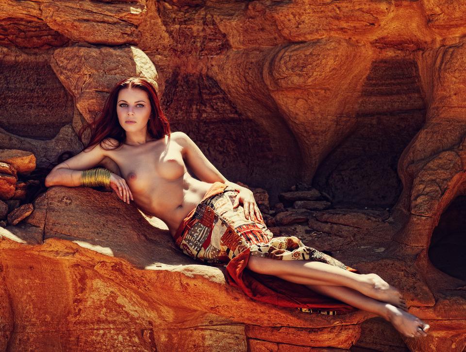 Фото голая царица