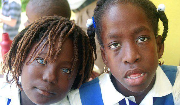 Негритянка с зелеными глазами фото фото 424-215