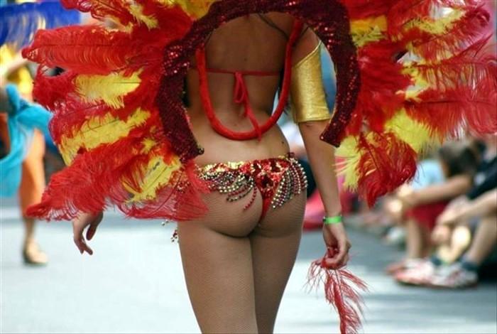 Карнавал в Бразилии есть видео / танцы, карнавал в рио-де-жанейро, самбадро