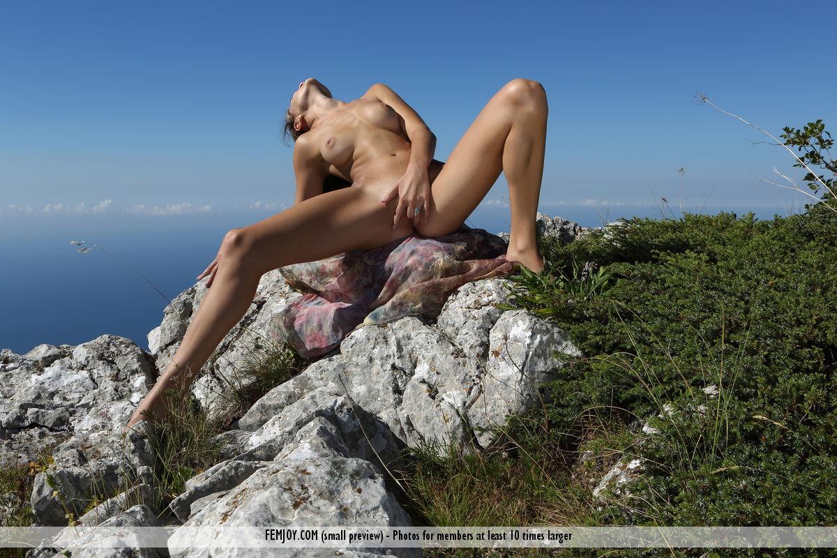 Фото скалы эротика крымские девки 23 фотография