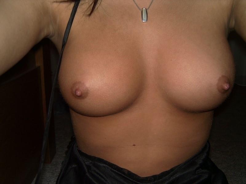 любительские и домашние фото видео женской груди