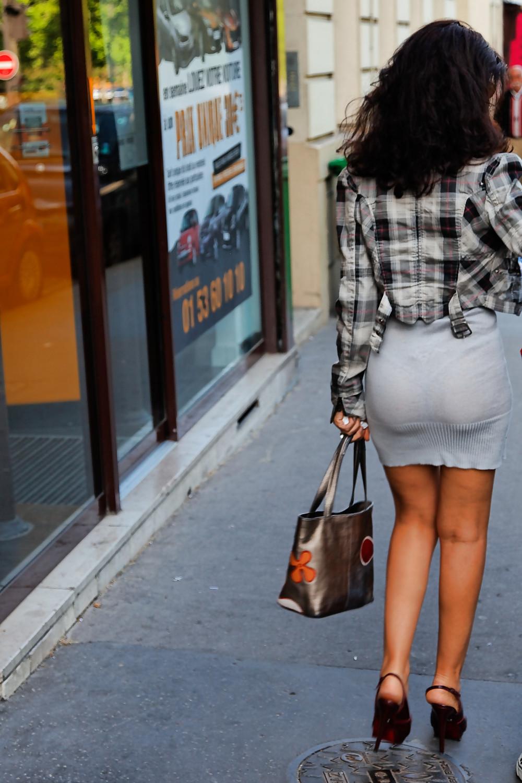 девки в просвечивающихся платьях на улице видео уверенны, нас есть