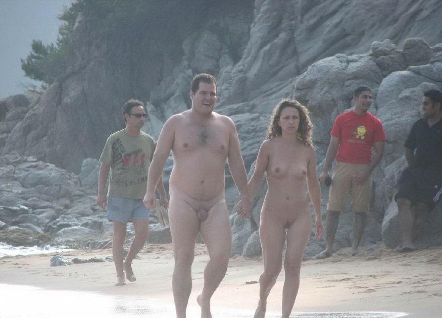 Фото с нудистских пляжей.