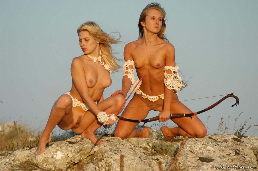 eroticheskie-amazonki-igri