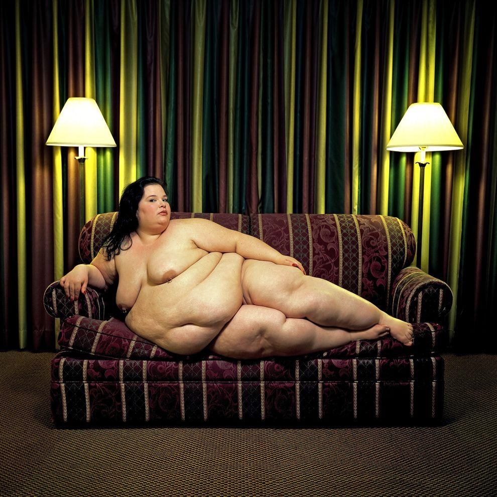 Страшные красивые голые девушки 11 фотография