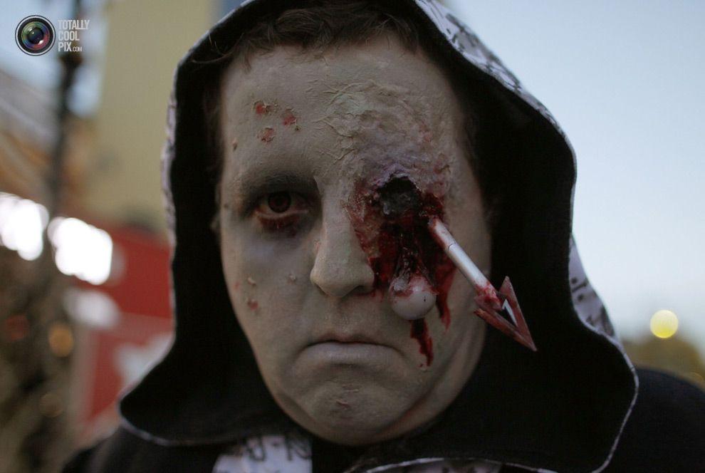 Страшные костюмы 4